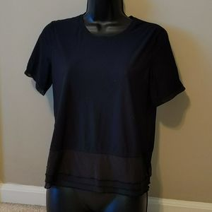 Lululemon Short Sleeve Workout Top- Size 6